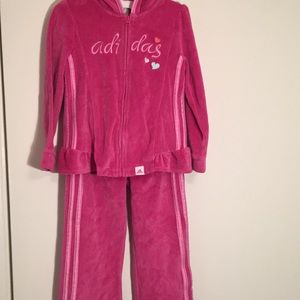Adidas Girls Velvet exercise suit. Size 4T